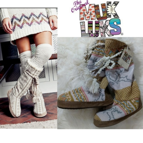 74b7b6a9b2d Sm 5 6 muk luks tall slippers